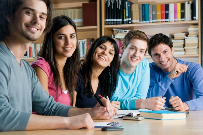 5 Grupos y Escuelas